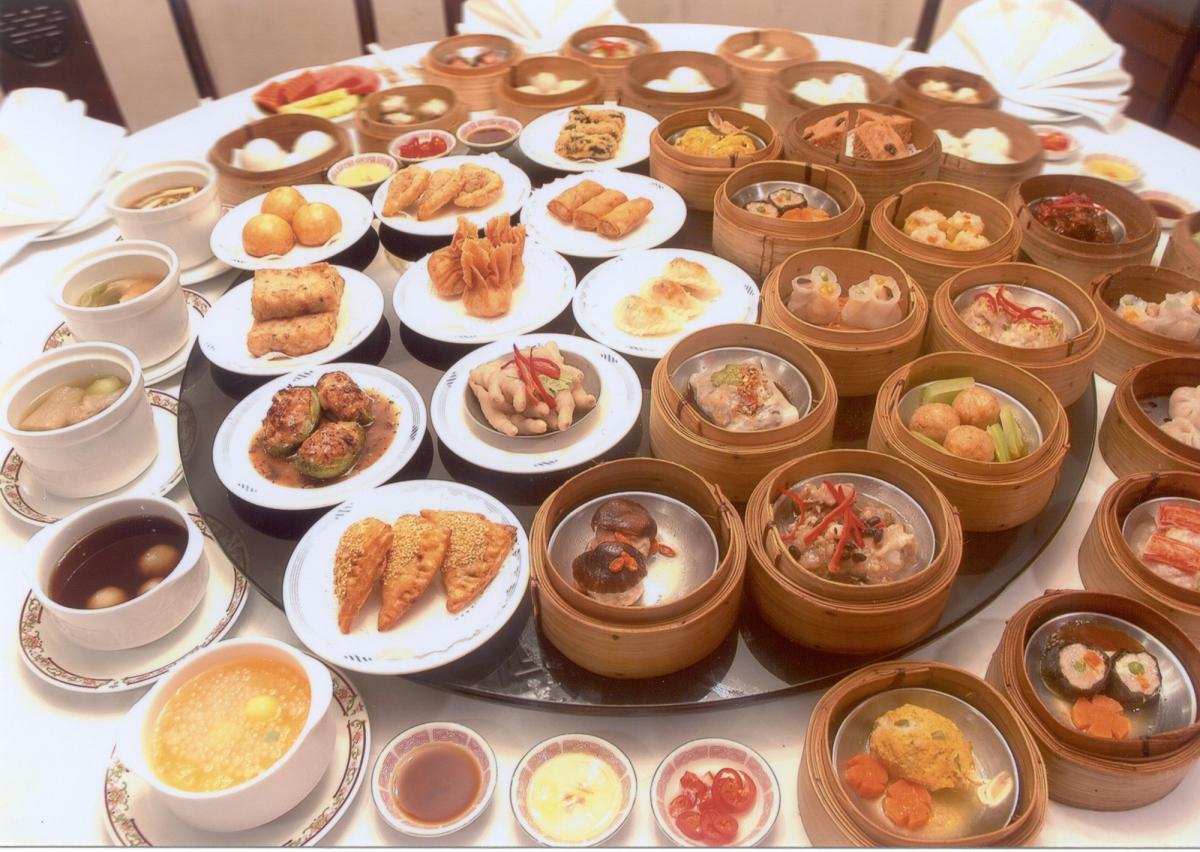 YumCha 飲茶 – poranna tradycja picia herbaty i hongkońskie przekąski